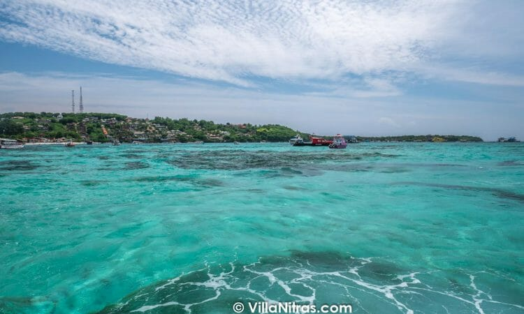 best islands near bali snorkelling near bali diving near bali long-tail boats nusa lembongan nusa penida lombok. The best Canggu bali private villa luxury accommodation rentals with an infinity pool which will be amazing for your group holiday when you want to vacation near the popular seminyak Berawa beach