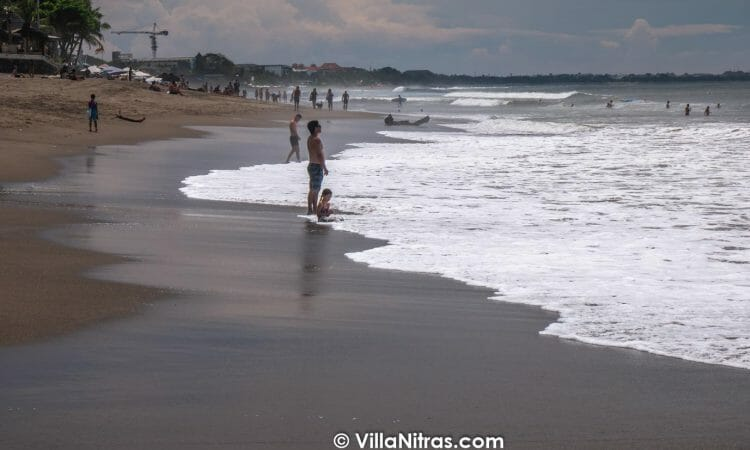 The best surfing, canggu beach and best beaches including beach pantai berawa, brawa beach, beach batu bolong, echo beach can be tour near our bali villas at canggu bali. The best Canggu bali private villa luxury accommodation rentals with an infinity pool which will be amazing for your group holiday when you want to vacation near the popular seminyak Berawa beach